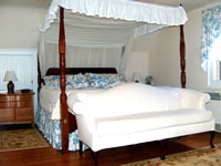 King Canopy Bed in the Colonial Getaway Room